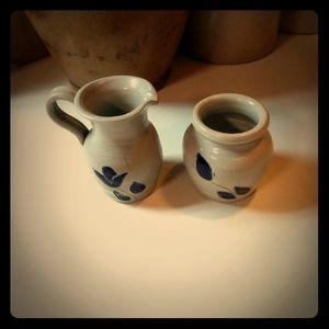 Bundle Of Williamsburg Pottery